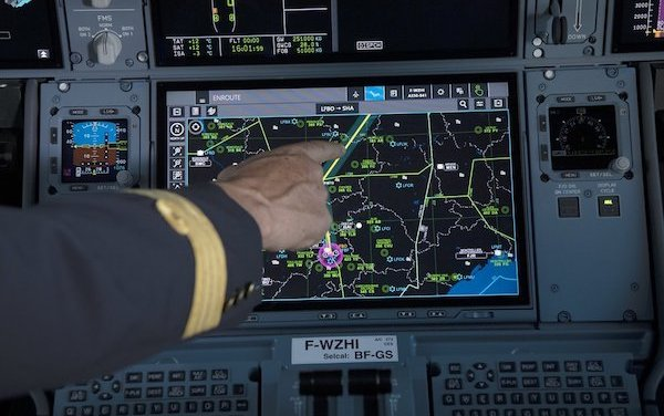 Deliveries of A350s with touchscreen cockpit displays option has begun