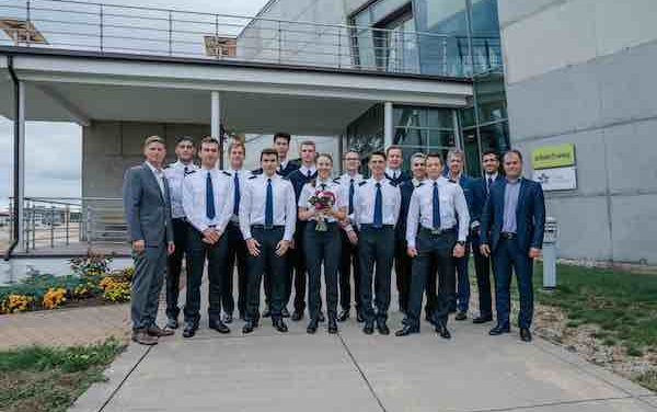 Eighth group of airBaltic Pilot Academy students begin studies