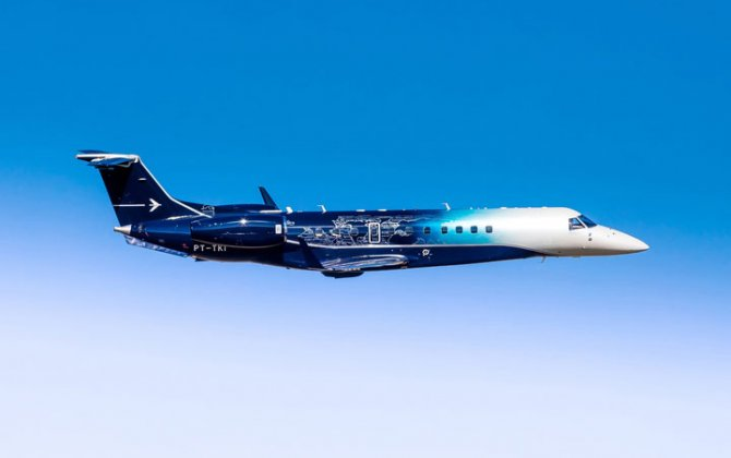 Embraer's unique Legacy 650E paint scheme made a splash at LABACE