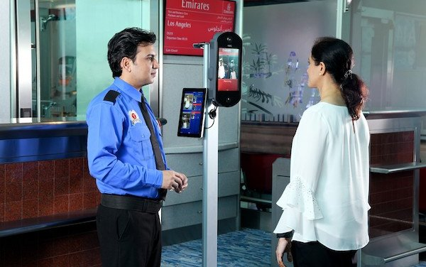 Emirates first on-board for biometric boarding