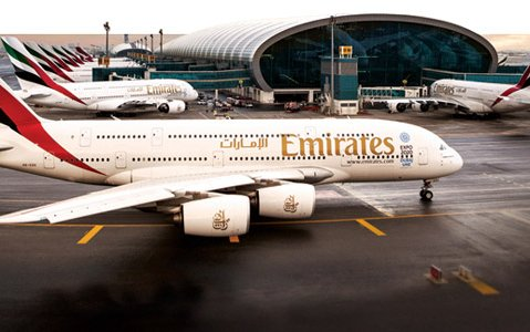 Emirates Goes All A380 to Manchester