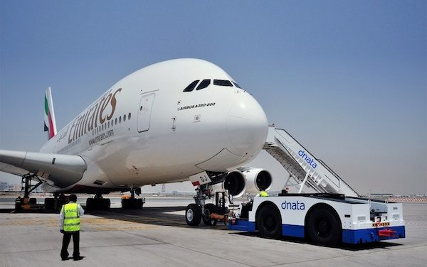 Emirates suspends passenger operations by 25 March, retains cargo operations