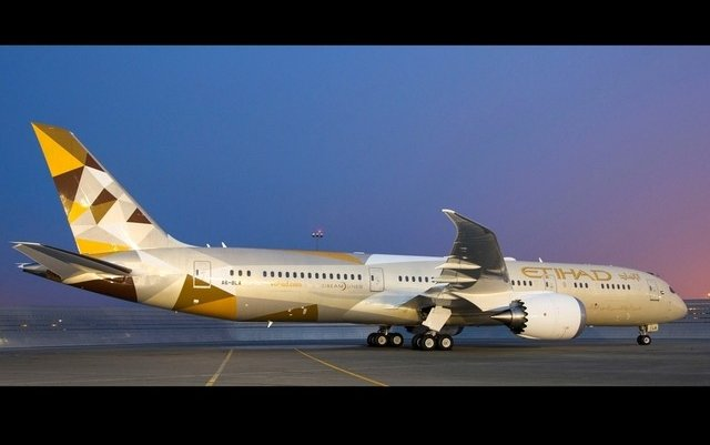 Etihad Airways Boeing 787 Dreamliner Touches Down In Riyadh