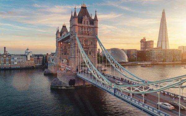 Etihad Airways ramps up UK passenger flights