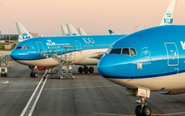 EU Commission approves Dutch plans to provide €3.4 billion in urgent liquidity support to KLM