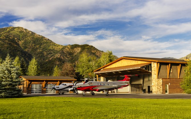 "European Premiere: Pilatus Presents the PC-12 NG ""2016 Model"""