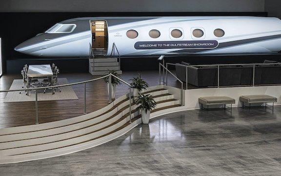 Expanded Gulfstream customer showroom - immersive G400 interaction