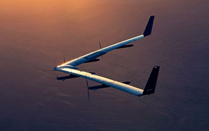 Facebook's internet-beaming drone has completed its second test flight and didn't crash