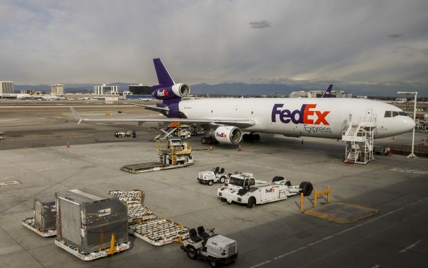 FedEx Employee Falls Asleep While Loading Packages on Plane