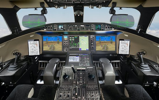 First Bombardier Global 7500 equipped with Dual Head-up Display delivered