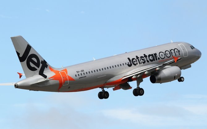 First Jetstar Asia flight to Sanya takes off