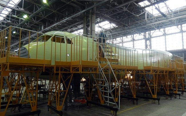 First prototype of IL-112V light military transport aircraft has come to the final assembly workshop