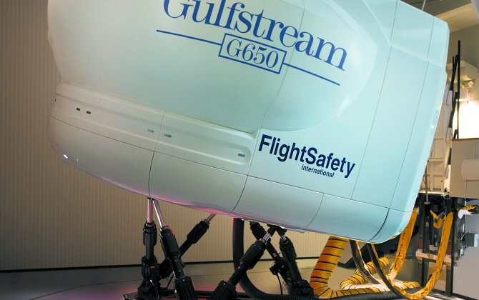 FlightSafety Now Offers the Only Factory-Authorized Gulfstream G650 Training