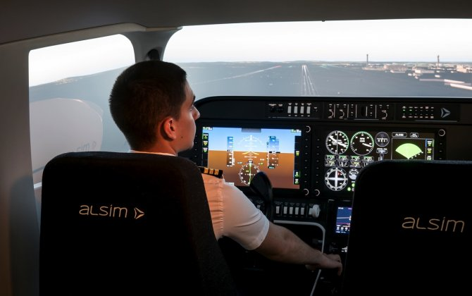 FLY-IN-SPAIN FLIGHT TRAINING ACADEMY–JEREZ ORDER FIRST AL250 FLIGHT SIMULATOR TO BE INSTALLED IN SPAIN