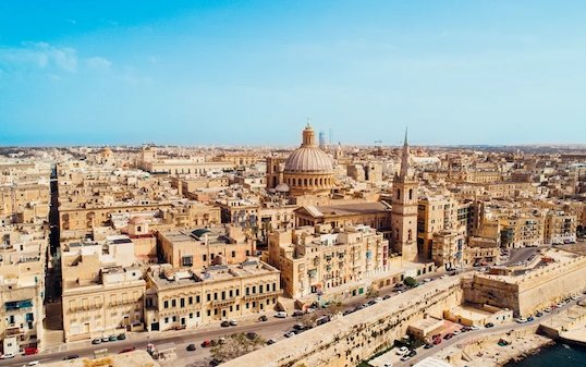 flydubai growing European network latest destinations are Malta and Salzburg