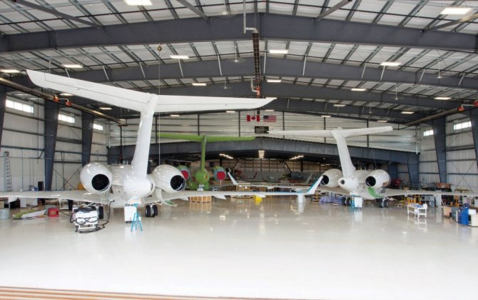 Flying Colours completes first of eight Sparkle Roll CRJ200 conversions