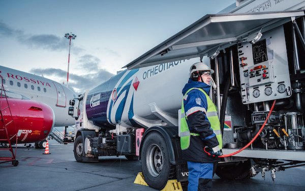 Gazprom Neft joins JIG for the development of aviation fuel-supply standards