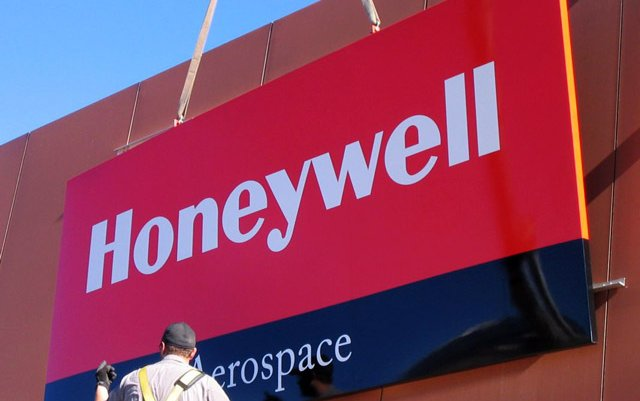 Honeywell Unveils The Power Of The Connected Aircraft At Aircraft Interiors Expo 2017