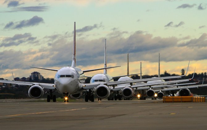 How seasonality affects the aircraft leasing market?
