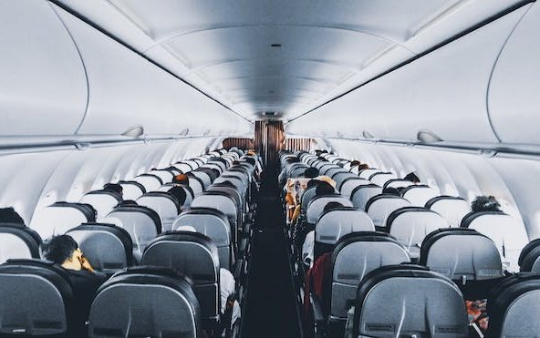 Investigation into airline cancellation practices should be accelerated