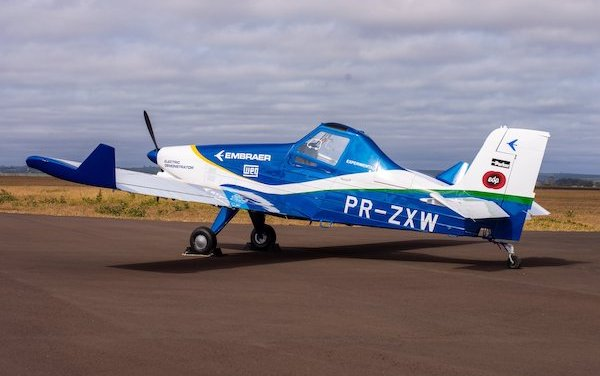 Joint efforts in electric aircraft research - Embraer and EDP