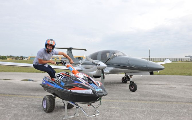 Kevin Reiterer flying high - Diamond Aircraft as new sponsor of the jet ski ace