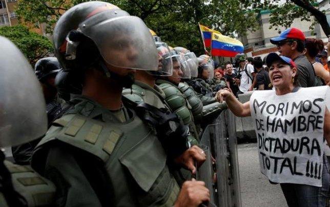 LATAM Airlines to suspend Venezuela flights