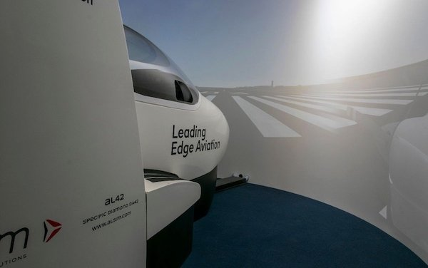 Leading Edge Aviation invests in an ALSIM AL42