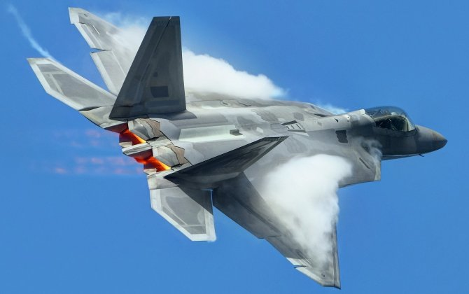 Lockheed Martin Corporation May Resume Production of F-22 Aircraft