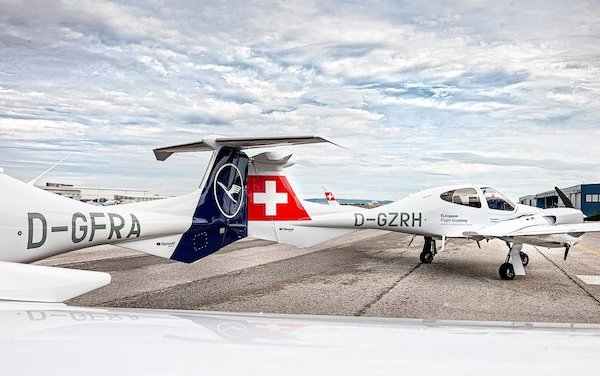 Lufthansa Aviation Training increases Diamond DA42-VI training fleet at Rostock Airport