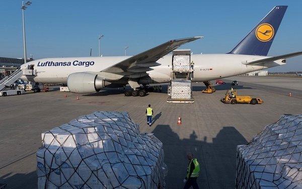Lufthansa Cargo brings eight million protective masks in Munich