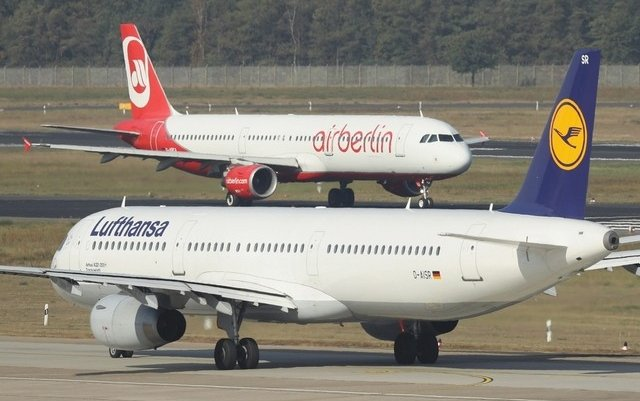 Lufthansa deal to lease Air Berlin planes approved by German watchdog