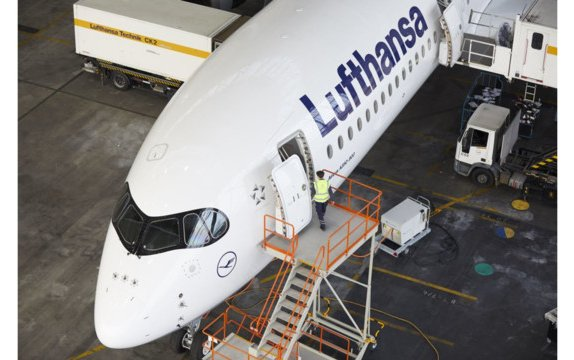 Lufthansa Technik completes cabin installation of first Lufthansa Airbus A350-900