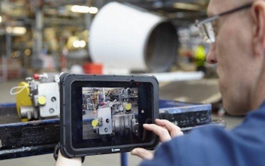 Lufthansa Technik Logistik Services digitizes material identification