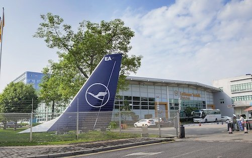 Lufthansa Technik Shenzhen and CASC agree on component support