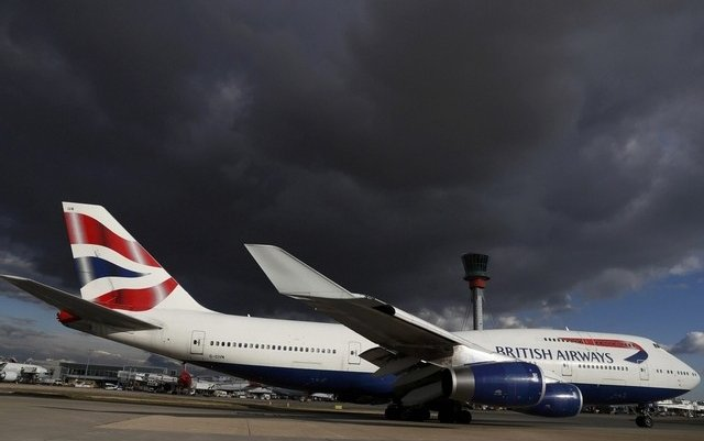 Lufthansa warns UK airlines of Brexit clouds ahead
