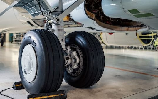 Magnetic Leasing first contract landing gear lease - Ryanair