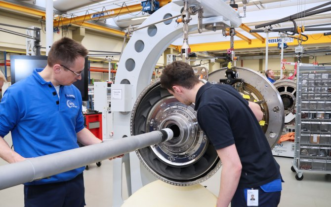 MTU Aero Engines develops and operates a unique engine assembly system