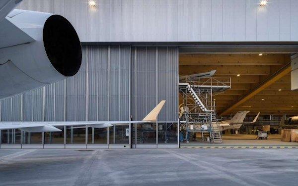 New AMAC Aerospace hangar meets high demand of MRO Services