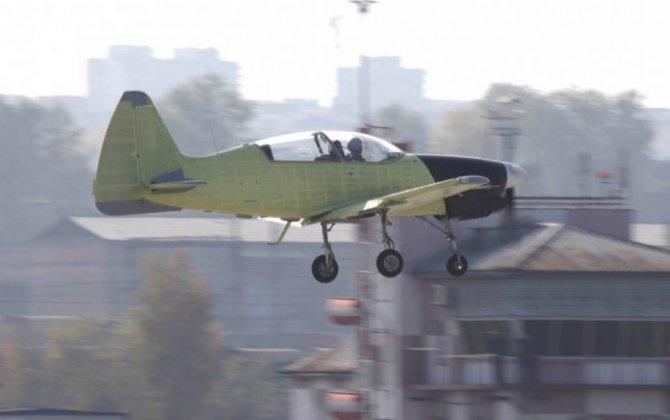 New Russian Yak-152 training aircraft makes its maiden flight