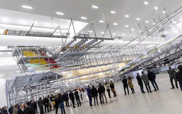 New Sabena technics painting facility dedicated to long-range aircraft