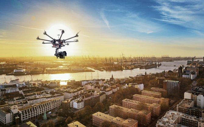 "New ""SafeDrone"" platform minimizes risks for pilots and drones"