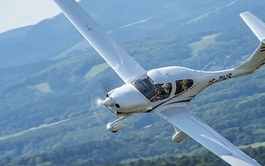New Youth Aviation Education Program in Aspen with Diamond Aircraft