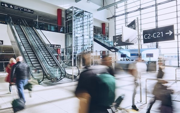 Prague Airport to reinforce passenger checks on arrival