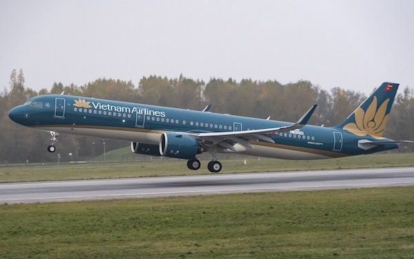 Pratt & Whitney EngineWise Service Agreement with Vietnam Airlines