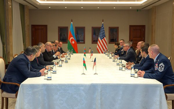 President of AZAL met with Commander of United States Transportation Command