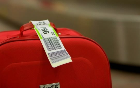 Real-time tracking of bags to save air transport industry $3 billion