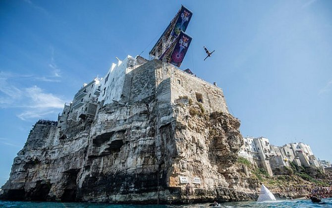 Red Bull brings its Cliff Diving World Series to the UAE