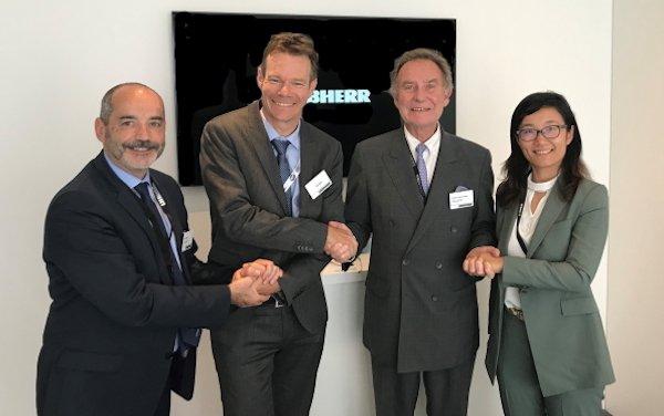 Renewed partnership: Liebherr-Aerospace and SR Technics