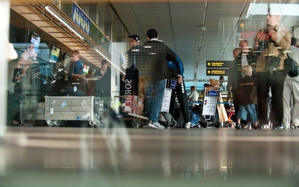 Riga Airport serves more than 400,000 passengers in the first half-year